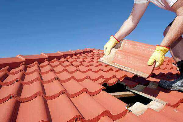 Roofing Contractors Newington
